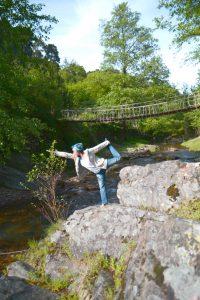 Yoga en pleine nature par Lila Makhlouf