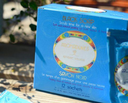 Le Savon Noir Aromadunes est conditionné en sachets faciles à partager ou emmener en voyages